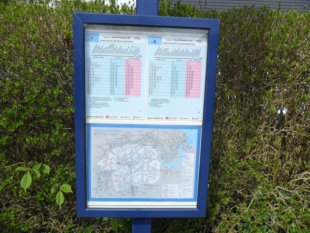 Табличка с расписанием автобусов
